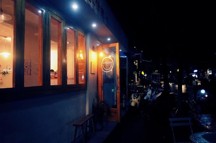 大牌爭相入局餐+酒,小酒館真的是一門好生意?